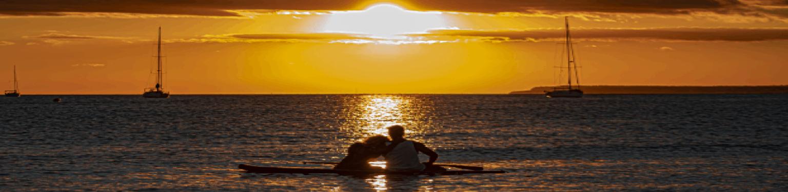 padel surf mallorca- puesta de sol